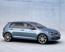Volkswagen Golf 7 Carat + Pack R-Line + Active Info Display + Camera 1,5 Tsi 150 DSG 7